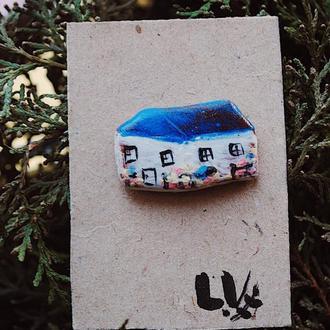Керамическая брошь/значок домик