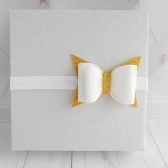 Золотая повязка малышке с бантиком Украшение для волос на фотосессию Подарок на годик для девочки