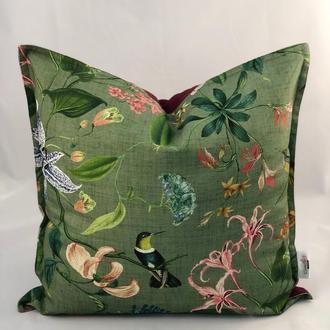 Диванная подушка с бордовым однотоном. Подушка на замке. Птици колибри. Подушка зеленая.