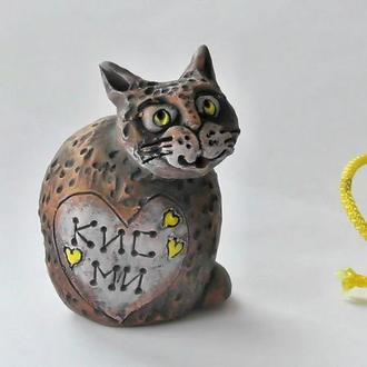 Фигурка Кот с надписью Кис Ми