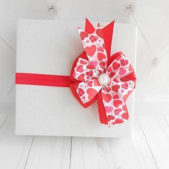 Красный бантик на повязке малышке на День Валентина Украшение для волос девочке Подарок на годик