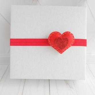 Красное сердечко с фетра Повязка малышке Украшение для волос на Валентина Подарок на день рождение