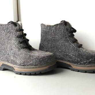 Валяные мужские ботинки