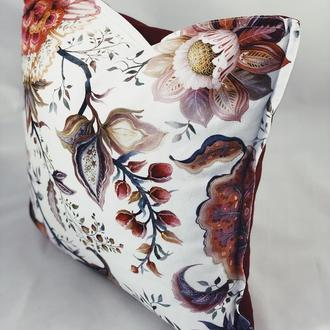 Диванная подушка. Подушка с цветами. Подушка с замком. Бордовая подушка.