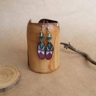 Серьги с перышками, серьги цвета фуксии, серьги в стиле бохо
