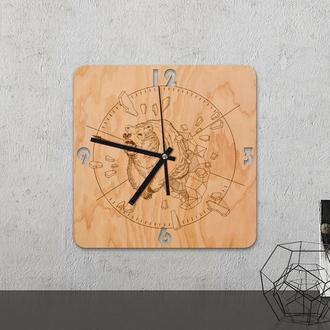 """Настенные часы из древесины """"Bear"""""""