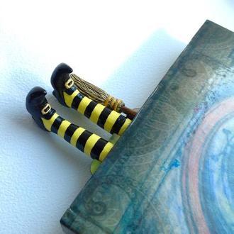 Закладка для книги Witch legs. Bookmark Witch legs. Original bookmark. Helloween bookmark
