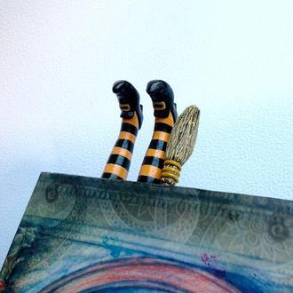 Закладка для книги Witch legs 2. Bookmark Witch legs. Original bookmark. Helloween bookmark