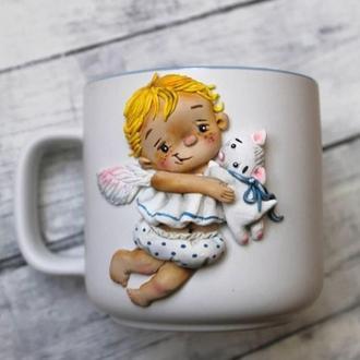 Чашка с ангелочком из полимерной глины
