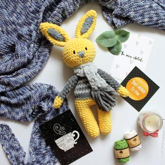 Плюшевый зайчик подарок малышу в наличии игрушка вязаная