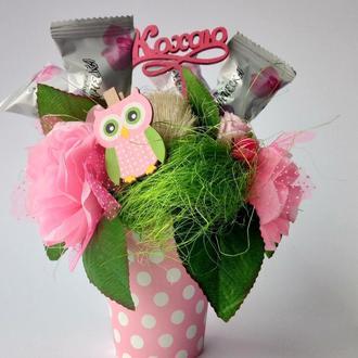 Букети топiарii з цукерками на 8 березня.