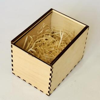 Коробочка подарочная с персональной гравировкой.