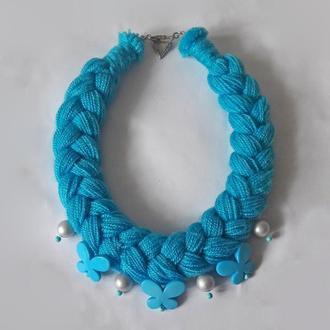 Голубое колье-коса