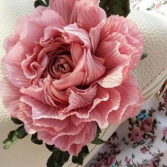 Брошь - заколка пион «Романтический». Цветы из ткани