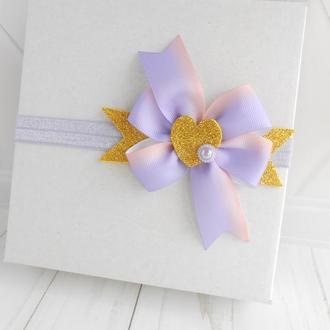 Сиреневая повязка с сердечком малышке Украшение для волос ребенку на фотосессию Подарок на Валентина