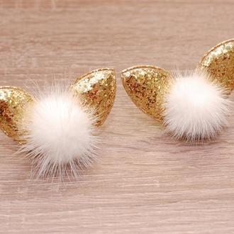 Модные резинки ушки с помпонами