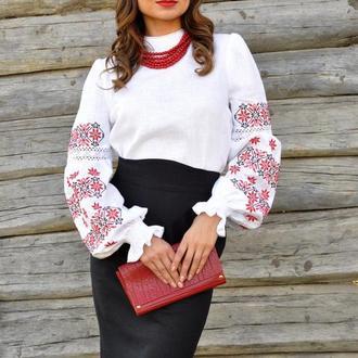 Купить вышиванки ручной работы в Украине. Украинские дизайнерские ... af006324cf1fa