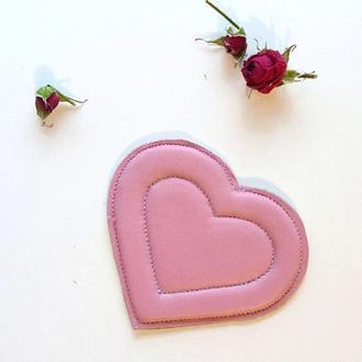 Валентинка кожаное сердце, розовое сердечко, объемная мягкая валентинка, пудровое сердце из кожи