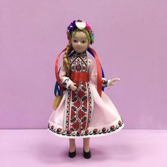 Фарфоровая интерьерная кукла «Украинка»