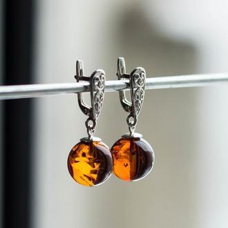 Серебряные серьги с янтарем шариками