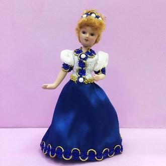 Фарфоровая интерьерная кукла «Принцесса»