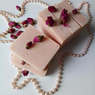 Трояндове мило на натуральних оліях