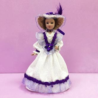 Фарфоровая интерьерная кукла