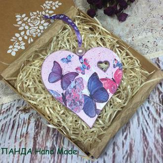Сердечко-подвеска в подарочной коробке