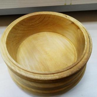 Деревянная вазочка для конфет и орешков
