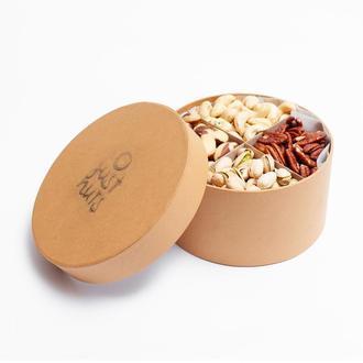 Большая подарочная коробочка на 4 экзотических ореха