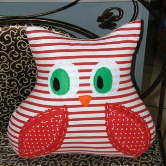 Диванная подушка Сова красная в полоску