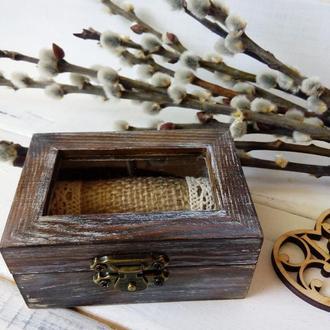 Деревянная свадебная шкатулка для колец в рустик стиле со стеклом сверху и подушками для колец