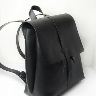 • Повседневный рюкзак из натуральной кожи •