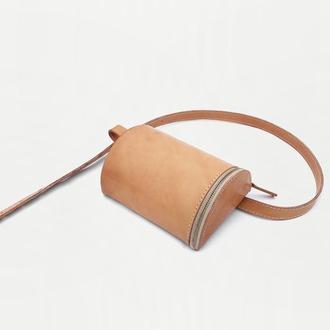 Кожаная сумка на пояс