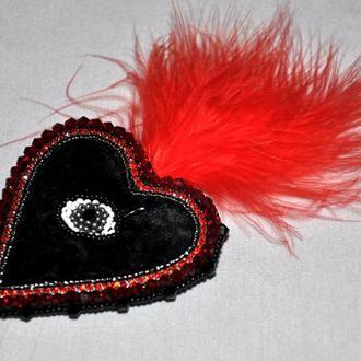 Брошь Черное сердце