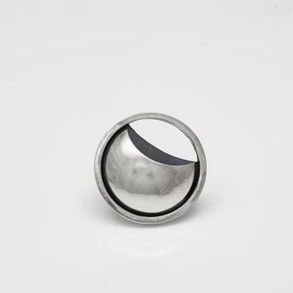 Серебряная брошь Затмение. Коллекция Сегменты