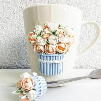 Чашка и ложка с декором из полимерной глины