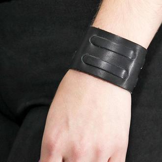 Черный кожаный браслет с полосками код 3510