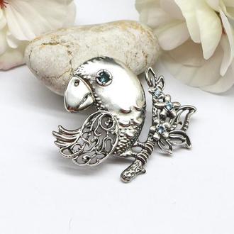 """Авторская брошь """"Птичка на ветке"""" с натуральными топазами, серебро 925"""