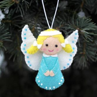 ангел хранитель в голубом наряде  янгол охоронець