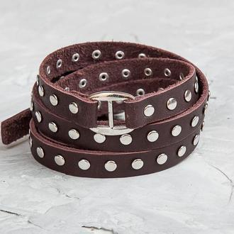 Коричневый тонкий кожаный браслет в шесть оборотов с металлическим замком на пряжке код 8061