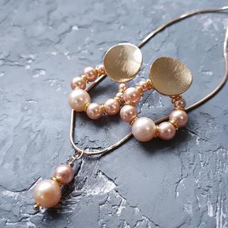 Комплект з перлів натуральних та Swarovsli сережки і кулон на ланцюжку подарунок на 8 березня жінці