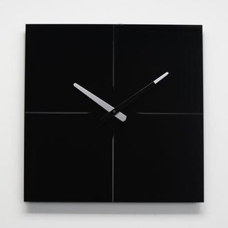 Часы настенные из стекла Line, черные