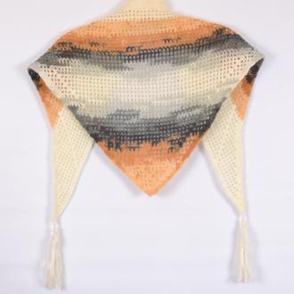 Вязанный  женский шарф. Платок. Ручная работа. Весенний аксессуар.