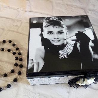 Шкатулка для украшений в стиле ретро Одри Хепберн Черно-белая шкатулка с кружевом Завтрак у Тиффани
