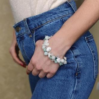 Бело-зеленый браслет из натуральных камней