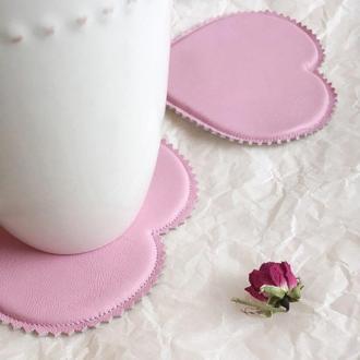 Кожаные мягкие подставки под чашки, розовые подставки под бокалы стаканы в форме сердца