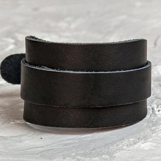 Черный широкий кожаный браслет с металлическим ремешком код 8020