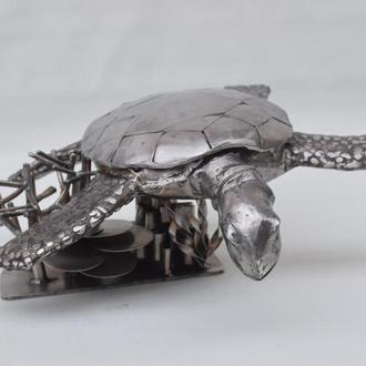 скульптура морской черепахи из нержавеющей стали