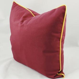 Диванная подушка. Однотонная, цветная, красная подушка. Подушка с желтым бортом. Подушка с замком.